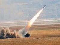 المرصد السوري يرصد قصفًا صاروخيًا للقوات التركية شمال الرقة