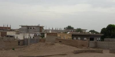 نيران مليشيا الحوثي تستهدف قرى التحيتا