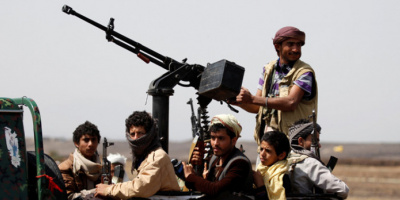 الاعتراف الإيراني بدعم الحوثيين.. تسليحٌ إرهابي يتحدى العالم