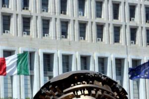 وكيل وزارة الخارجية الإيطالية يجري مباحثات في الجزائر اليوم