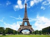 الأمن الفرنسي يخلي برج إيفل في باريس لهذا السبب