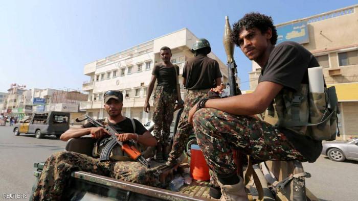 السرقة بالإكراه في إب.. جرائم أفسح الحوثيون أمام تفشيها