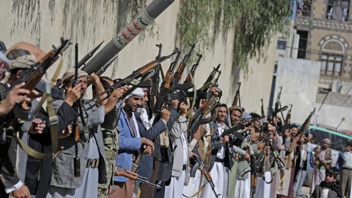 """""""الشرق الأوسط"""": الممارسات والانتهاكات الحوثية تنذر بمجاعة"""
