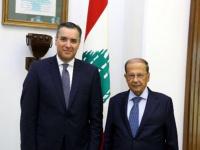 الرئيس اللبناني يقبل استقالة رئيس الوزراء