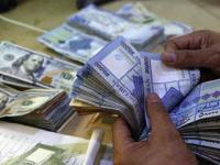 الليرة اللبنانية تتهاوى بشكل غير مسبوق.. 10 آلاف مقابل الدولار الواحد