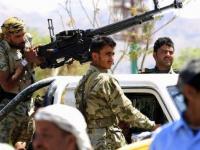 القصف الحوثي للمدارس.. جدران تكتب إرهاب المليشيات