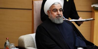 صحفي يكشف حقيقة الضغوط التي يواجهها روحاني لتقديم استقالته