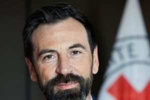"""""""الصليب الأحمر"""" يطالب بتطبيق اتفاق تبادل الأسرى"""