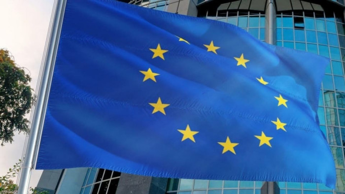 الاتحاد الأوروبي يرحب باتفاق تبادل الأسرى