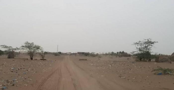 قذائف مليشيا الحوثي تسقط على التحيتا