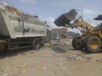 إزالة عشرات الأطنان من المخلفات في عدن