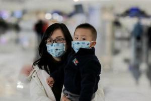 الصين تسجل 12 إصابة جديدة بفيروس كورونا
