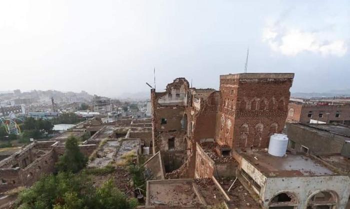 انهيار المتحف.. إهمال الإخوان ينهش في عظام تعز