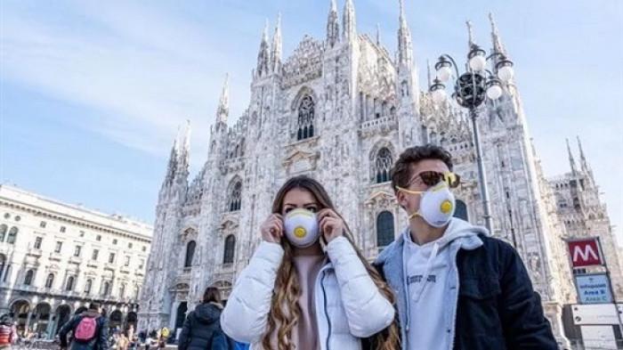 روما تفرض ارتداء الكمامات بعد ارتفاع وتيرة إصابات كورونا