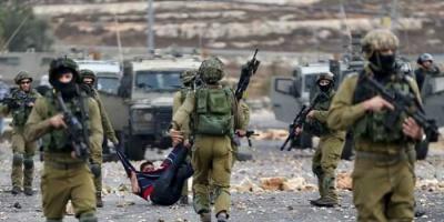قوات الاحتلال الإسرائيلي  تعتقل شابا  من مدينة الخليل