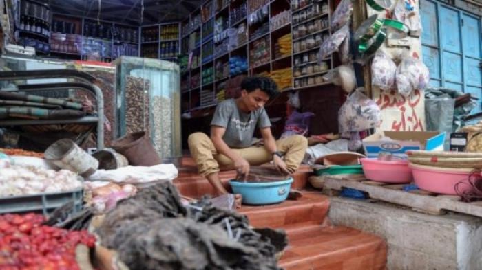 تغريم التجار المخالفين للتسعيرة في سقطرى