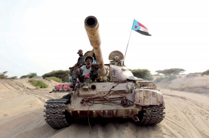 المدفعية الجنوبية تُسكت قصفا حوثيا على المشاريح