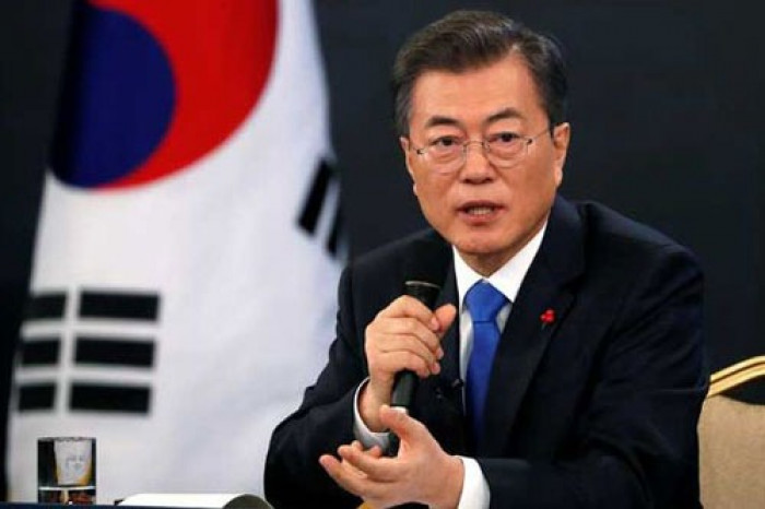 الرئيس الكوري الجنوبي ونظيره الأوزبكستاني يبحثان عملية السلام الكورية