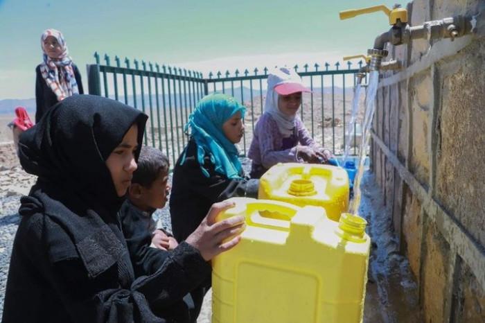 الإنمائي يبني خزانات للمياه بمختلف المحافظات
