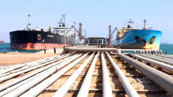 وصول 30 ألف طن متري ديزل لميناء الزيت