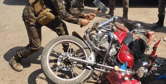 إتلاف الدراجات النارية المُصادرة في المنصورة