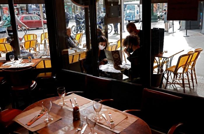 بلجيكا تغلق المطاعم لمدة شهر
