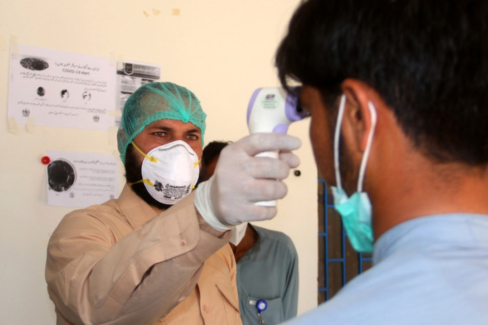 باكستان تسجل 567 إصابة جديدة بكورونا و16 وفاة