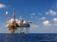  النفط يعوض خسائره وأسعاره تتحول للارتفاع