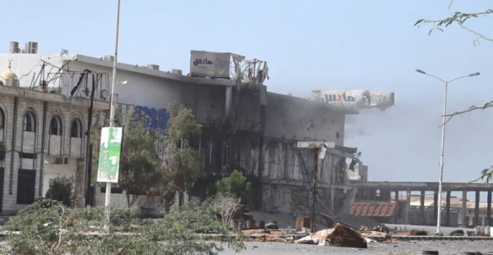 هجمات حوثية متفرقة على شرق الحديدة