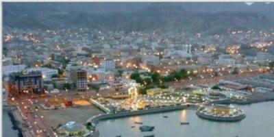 مؤامرة الشرعية على عدن.. كيف يتخطاها الجنوبيون؟