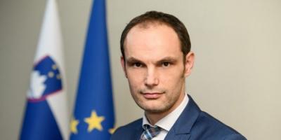كورونا يُصيب وزير خارجية سلوفينيا