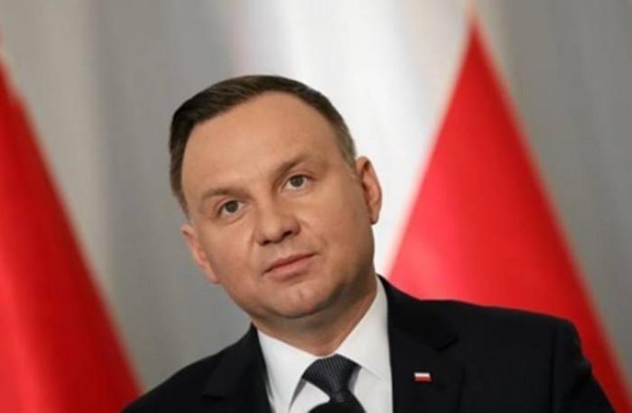 إصابة رئيس بولندا بفيروس كورونا