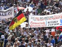 تظاهرات حاشدة بالعاصمة الألمانية ضد إجراءات كورونا