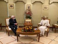 غريفيث في عمان.. تحركات أممية شكلية للتوافق حول الإعلان المشترك
