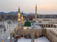 المسلمون في العالم يحتفلون بذكرى مولد نبي الهدى 