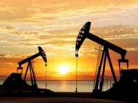 النفط يواصل نزيف خسائره.. برنت دون 38 دولار والأمريكي يتراجع إلى 36.12
