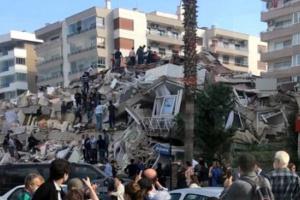 ارتفاع حصيلة ضحايا زلزال إزمير إلى 12 قتيل و400 جريح