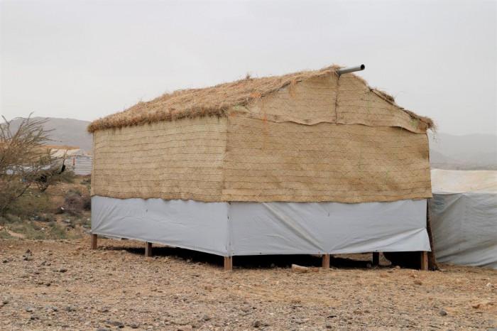 """""""مفوضية اللاجئين"""" تعلن بناء 1750 مأوى في الحديدة"""