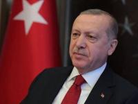شعار: الحملة الشعبية لمقاطعة تركيا أذلت أردوغان وحلفائه بقطر