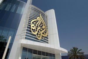 صحفي سعودي: الجزيرة منبر للفتنة.. وتعمل وفقًا لأجندة معينة
