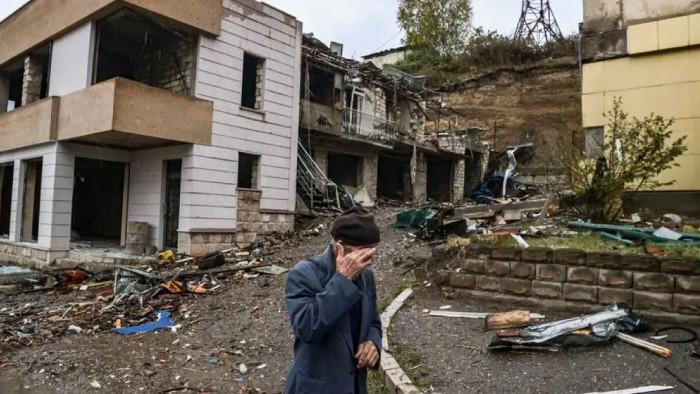 الدفاع الروسية تُعلن بدء عودة سكان قره باغ إلى الإقليم