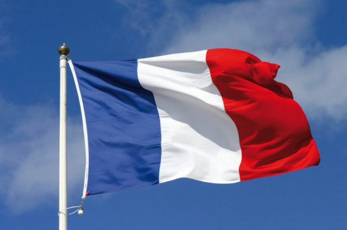 فرنسا: برنامج إيران النووي وصل إلى عتبة خطيرة