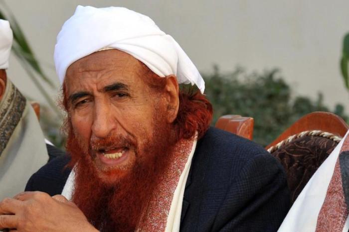 تخلى عن طقمه ومتعلقاته.. حفيد الإرهابي الزنداني يفر من الطرية (صور)
