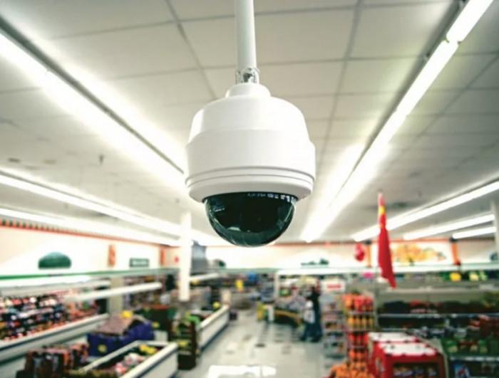 إلزام المحال التجارية في الملاح بتركيب كاميرات مراقبة