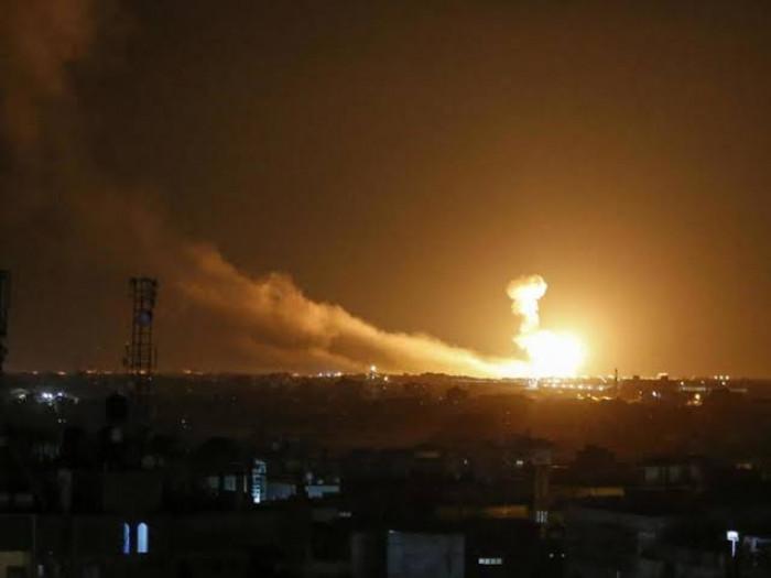 طائرات تستهدف مليشيات إيرانية في ريف البوكمال  بسوريا