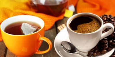 الشاي والقهوة يمدان الجسم بالطاقة.. لكن أيهما أصح؟