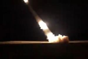التحالف يقصف مخازن سلاح حوثية في صنعاء بالصواريخ