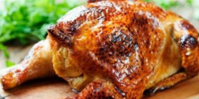 لهذه الأسباب.. لا تكثروا من تناول الدجاج