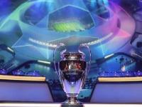 حزنا على رحيل مارادونا.. دقيقة صمت في مباريات دوري أبطال أوروبا اليوم