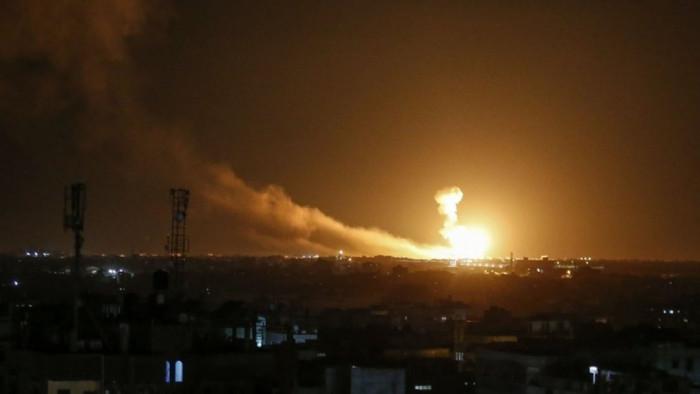 إسرائيل تقصف شاحنة تحمل أموال لمليشيا حزب الله